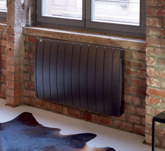 Curve-E electric aluminium radiator in Volcanic black finish