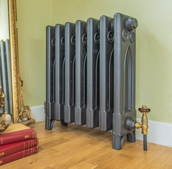Gothic cast iron radiator in anthracite