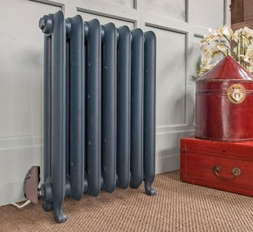 Electric-radiator-cast-iron-Gladstone-in-situ.