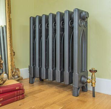 Gothic cast iron radiator in anthracite